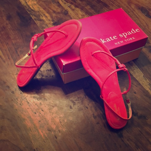 c8ad1d686 EUC Kate Spade thong sandals in lipstick pink!